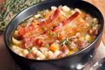Суп с фасолью, капустой и беконом