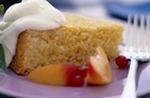 Торт персиковый с творогом. Рецепты для микроволновки