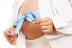 Женщины чаще беременеют после родов близких подруг