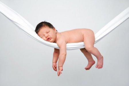 Береги осанку смолоду, или Как нужно спать детям